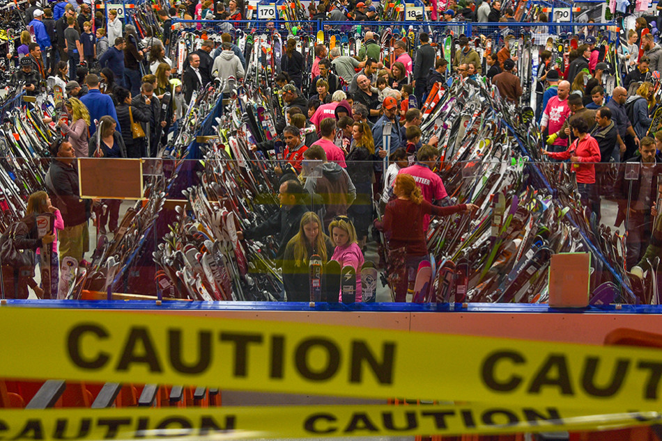 Lotsa Skis: Skiers and snowboarders fill the aisles of equipment as they look for great deals during the Calgary New & Used Ski Sale at Max Bell Arena. CanadaÕs largest ski sale has snow enthusiasts lining up to bargain-hunt through an array of ski items for the upcoming ski season. (Photo by Victoria Vadeboncoeur/The Press)